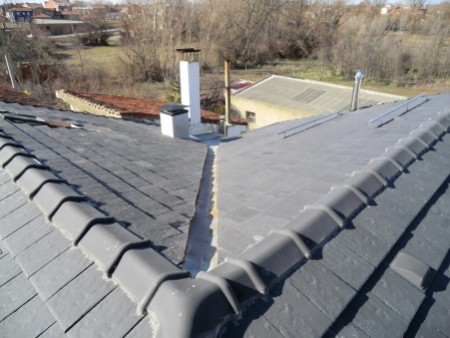 Instalaci n de limas en tejados - Materiales para tejados ...